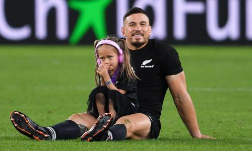 Deal lasts two seasons for 58-Test former All Black. Toronto expected to confirm signing in London next week. Sonny Bill Williams will be unveiled as the highest-paid player in the history of either code of rugby next week after agreeing a two-year deal with Toronto Wolfpack. The 34-year-old has agreed to return to the 13-man code with the Super League newcomers, who will pay him a reported £2.6m annual salary – a figure which exceeds the total annual spend of every other league club in the northern hemisphere. Only £150,000 of Williams' wages will count on the salary cap due to the marquee-player ruling, which was implemented to attract major signings into the competition. The dual-code international's signature for the Wolfpack supersedes any other deal struck in the competition's history. Toronto, who have made no secret of their desire to revolutionise league since their formation in 2017, are expected to confirm his signing in London next week, having spent weeks negotiating a deal with Williams, who featured for New Zealand at the recent World Cup in Japan. The Wolfpack coach, Brian McDermott, met him midway through the tournament to try and convince him to sign for 2020. Williams's return to league – the sport in which he began before departing for rugby union in 2008 then returning to league in 2013-14 – winning the NRL title twice – means almost every single team the Wolfpack visit in 2020 receive a boost in gate receipts. Williams' debut would probably come in a double-header at Headingley in February, as the Wolfpack start against Castleford alongside a game between Leeds and Hull.