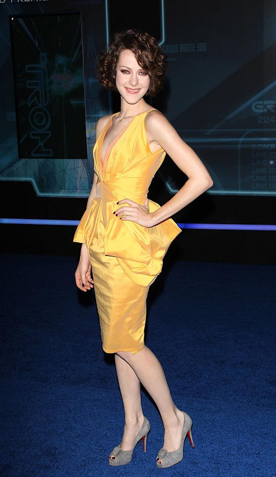 """<a href=""""http://movies.yahoo.com/movie/contributor/1800019377"""">Jena Malone</a> attends the Los Angeles premiere of <a href=""""http://movies.yahoo.com/movie/1810096458/info"""">TRON: Legacy</a> on December 11, 2010."""