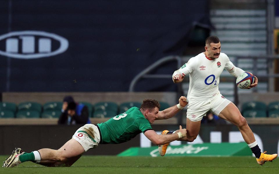 Jonny May escapes Chris Farrell's clutches - AFP