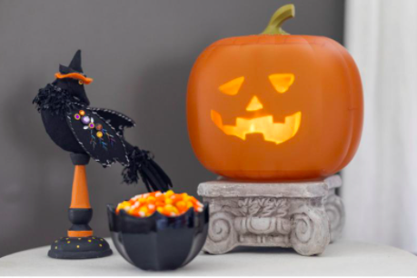 This talking pumpkin will stand out from your Halloween decor. (Photo: HSN)