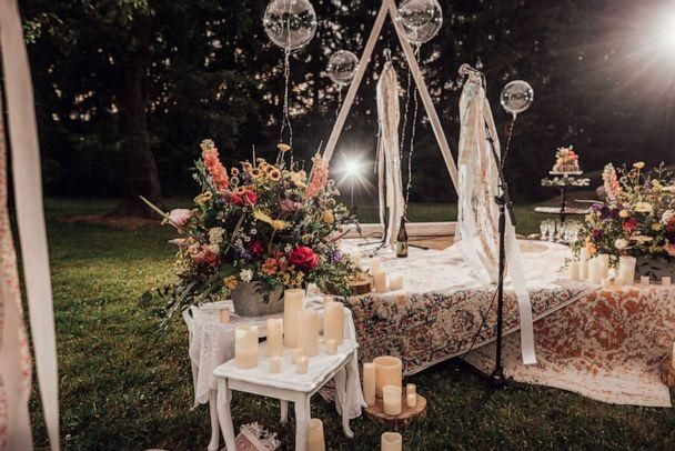 PHOTO: Rachel Borwegen and Andrew Jaworski wed in June in Belvidere, New Jersey. The party, photographed by Abigail Gingerale photography, included 90 guests and a drive-in movie during COVID-19. (Abigail Gingerale Photography)