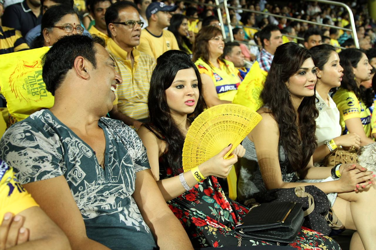 Sakshi Dhoni (C) during match 5 of the Pepsi Indian Premier League between The Chennai Superkings and the Mumbai Indians held at the MA Chidambaram Stadiumin Chennai on the 6th April 2013Photo by Prashant Bhoot-IPL-SPORTZPICS Use of this image is subject to the terms and conditions as outlined by the BCCI. These terms can be found by following this link:https://ec.yimg.com/ec?url=http%3a%2f%2fwww.sportzpics.co.za%2fimage%2fI0000SoRagM2cIEc&t=1490570166&sig=rqpugnOEUKBWY9SpfNoebQ--~C