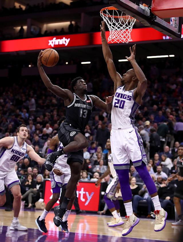 SACRAMENTO, CALIFORNIA - JANUARY 10: Khyri Thomas #13 of the Detroit Pistons goes up for a shot against Harry Giles #20 of the Sacramento Kings at Golden 1 Center on January 10, 2019 in Sacramento, California. (Photo by Ezra Shaw/Getty Images)