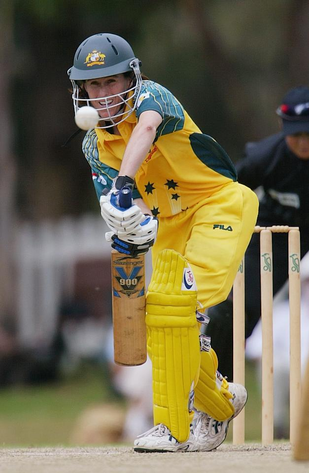 PERTH, AUSTRALIA - MARCH 10: Belinda Clark of the Southern Stars in action during the 1st One Day International Women's Rose Bowl match between Australia and New Zealand at Lilac Hill on March 10, 2005 in Perth, Australia.  (Photo by Paul Kane/Getty Images)