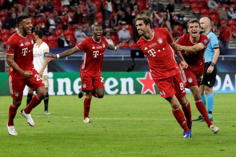 Martinez hands Bayern 'dream' UEFA Super Cup win in front of 15,000 fans
