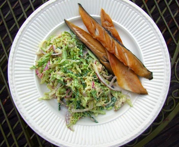 """<p><a href=""""http://www.helengraves.co.uk/2010/07/27/savoy-slaw-with-bacon-and-walnuts/"""" rel=""""nofollow noopener"""" target=""""_blank"""" data-ylk=""""slk:Savoy cabbage is freshened up"""" class=""""link rapid-noclick-resp"""">Savoy cabbage is freshened up</a> with a dressing of yoghurt, mustard and lemon and tossed together with crispy bacon and toasted nuts. Plate up at your desk with a side of smoked mackerel or cold chicken. <i>[Photo: Helen Graves]</i></p>"""