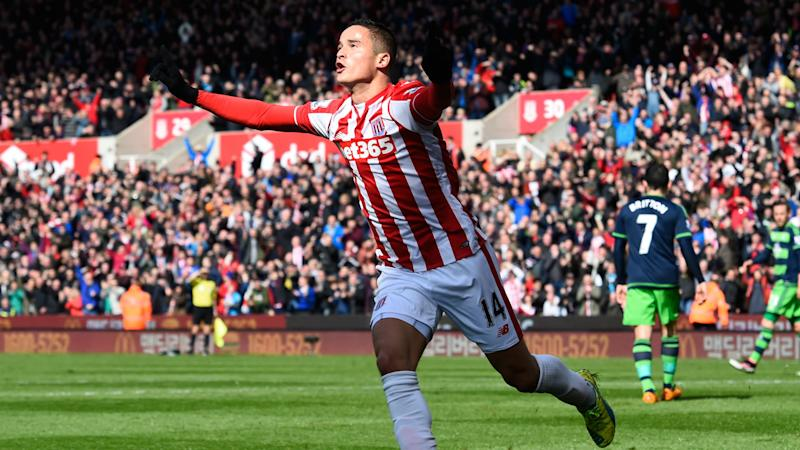Afellay injury woes continue