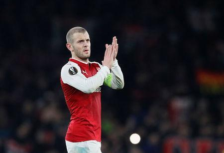 Soccer Football - Europa League Round of 16 Second Leg - Arsenal vs AC Milan - Emirates Stadium, London, Britain - March 15, 2018 Arsenal's Jack Wilshere applauds fans after the match REUTERS/David Klein