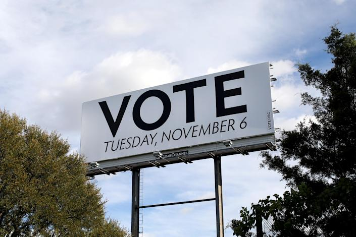 A billboard up in Dallas for the U.S. 2018 midterm elections on Nov. 1 (Photo: Mike Segar/Reuters)