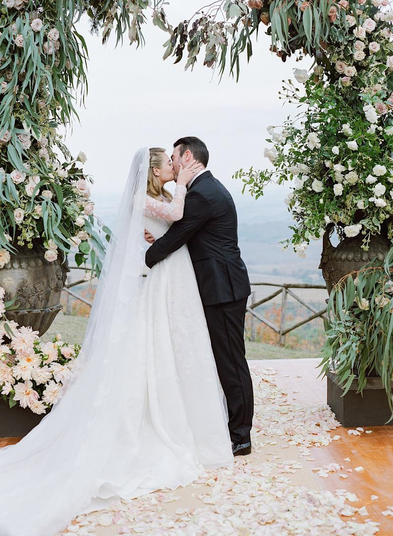 Kate Upton and Justin Verlander Share More Gorgeous Photos From Their Stunning Wedding