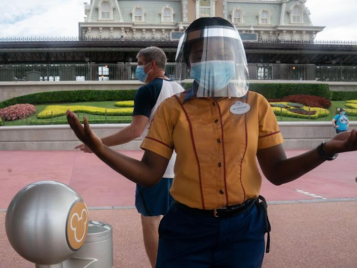 disney world florida resort masks employee
