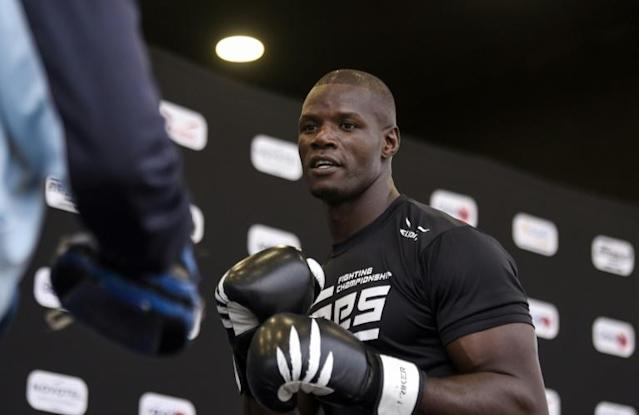 Moussa Togola was hard in training before a series of MMA fights in Dakar (AFP Photo/SEYLLOU)
