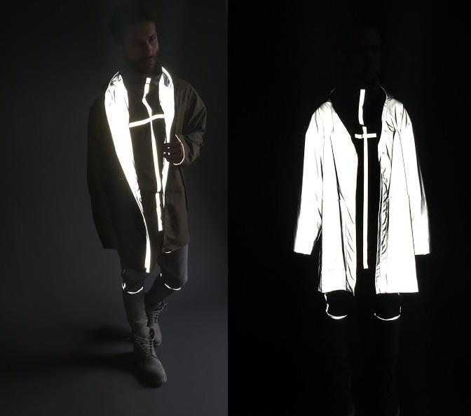 <p>Here's what it looks like when light hits both sides of the jacket. <i>[Photo: Jessica Richmond]</i></p>