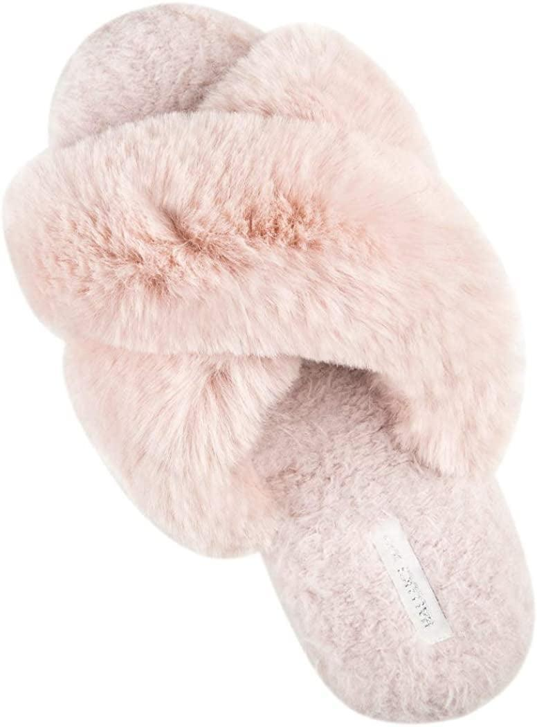 "<p><a href=""https://www.popsugar.com/buy/Halluci-Plush-Fleece-Slippers-583699?p_name=Halluci%20Plush%20Fleece%20Slippers&retailer=amazon.com&pid=583699&price=24&evar1=fab%3Aus&evar9=47563146&evar98=https%3A%2F%2Fwww.popsugar.com%2Ffashion%2Fphoto-gallery%2F47563146%2Fimage%2F47564525%2FHalluci-Plush-Fleece-Slippers&list1=shopping%2Camazon%2Cfashion%20news%2Csummer%20fashion%2Csale%20shopping%2Cfashion%20shopping&prop13=api&pdata=1"" class=""link rapid-noclick-resp"" rel=""nofollow noopener"" target=""_blank"" data-ylk=""slk:Halluci Plush Fleece Slippers"">Halluci Plush Fleece Slippers</a> ($24)</p>"
