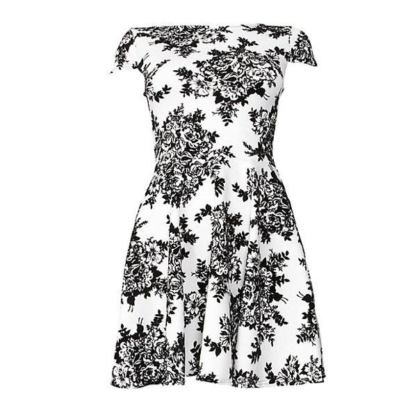 "<a target=""_blank"" href=""http://www.newlook.com/shop/womens/dresses/cameo-rose-monochrome-flocked-floral-print-dress_275699613?extcam=AFF_AFW_Editorial+Content_ShopStyle+UK""><b>Cameo rose monochrome flocked floral print dress - £24.99 – New Look</b></a><br><br>Team this pretty floral dress with a pair of killer red heels to brighten your look."