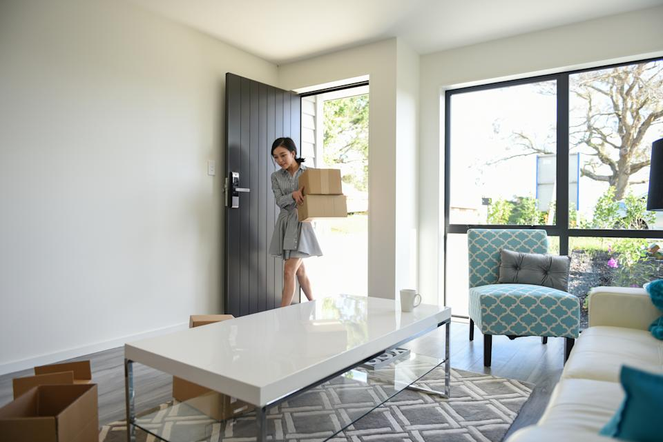 There are many benefits to renting over buying. (Getty Images)