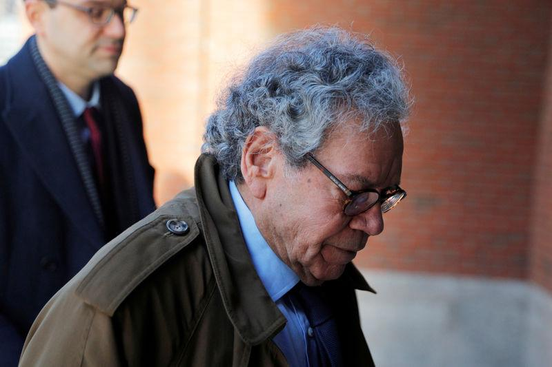 FILE PHOTO: John Kapoor arrives at the federal courthouse in Boston