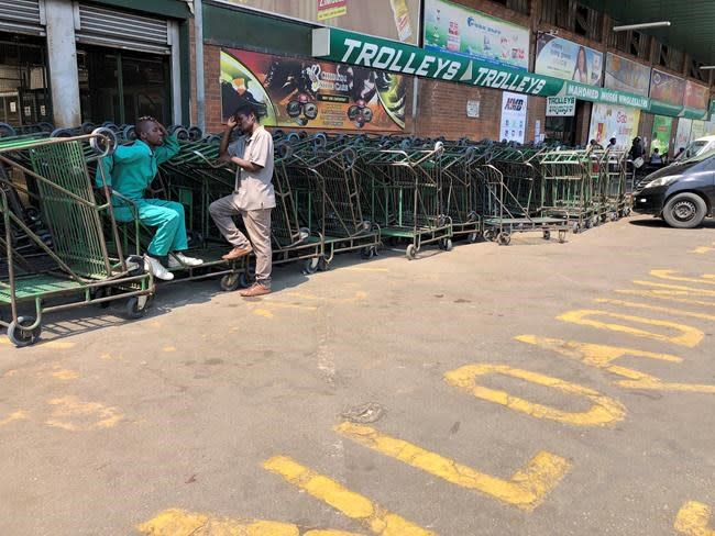 'It's a nightmare': Zimbabwe struggles with hyperinflation