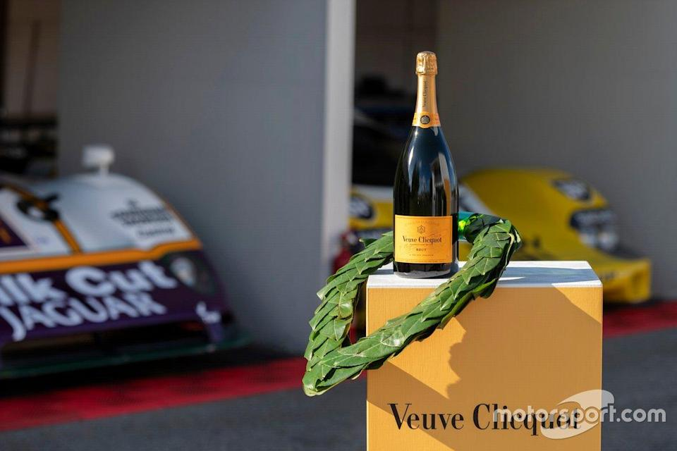 "Champagne Veuve Clicquot<span class=""copyright"">Goodwood Media</span>"