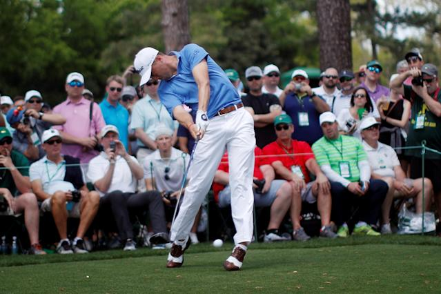 REFILE - CORRECTING GOLFER'S NAME Justin Thomas of the U.S. hits off the 17th tee during the second day of practice for the 2018 Masters golf tournament at Augusta National Golf Club in Augusta, Georgia, U.S. April 3, 2018. REUTERS/Mike Segar
