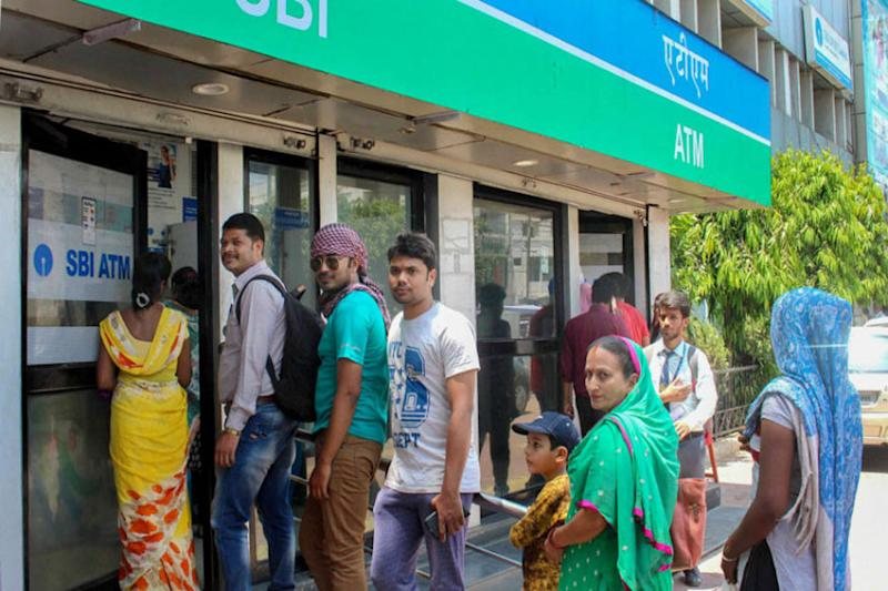 Cash Crunch: 86% ATMs Operating, Notes Being Printed 24x7; SBI Says Problem to be Over Tomorrow