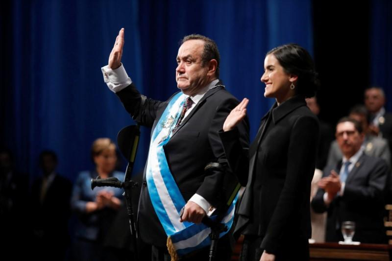 Turbulent inauguration day in Guatemala, outgoing president hit by eggs