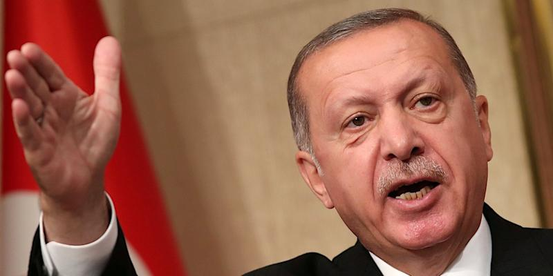 USA threatens Turkey with more sanctions if it doesn't free pastor