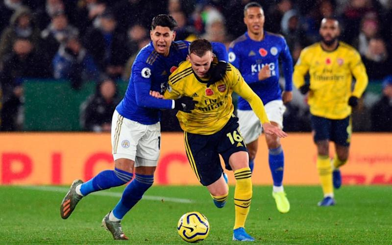 Leicester vence o Arsenal e assume vice-liderança da Premier League