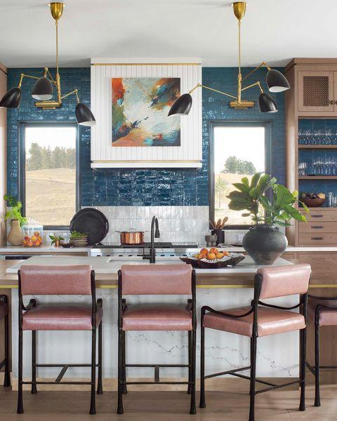 """<p>For kitchen designer Karen Swanson of <a href=""""https://www.ne-dw.com/"""" rel=""""nofollow noopener"""" target=""""_blank"""" data-ylk=""""slk:New England Design Works"""" class=""""link rapid-noclick-resp"""">New England Design Works</a>, <a href=""""https://www.housebeautiful.com/design-inspiration/a34350035/whole-home-2020-artisan-kitchen-studio-dearborn/"""" rel=""""nofollow noopener"""" target=""""_blank"""" data-ylk=""""slk:Sarah Robertson"""" class=""""link rapid-noclick-resp"""">Sarah Robertson</a> is a well of inspiration. """"She is an absolute rock star when it comes to kitchens and as obsessed with kitchens as I am. Her instagram features her own amazing projects as well as projects by others that she finds inspiring,"""" says Swanson. And while her work speaks for itself, her kindness is also noteworthy, """"She offers a helping hand to other designers.""""<a href=""""https://www.instagram.com/newenglanddesignworks/"""" rel=""""nofollow noopener"""" target=""""_blank"""" data-ylk=""""slk:See Swanson's own feed here"""" class=""""link rapid-noclick-resp""""><br><br><em>See Swanson's own feed here</em></a><br></p><p><a href=""""https://www.instagram.com/p/CKFtHxBMy7A/"""" rel=""""nofollow noopener"""" target=""""_blank"""" data-ylk=""""slk:See the original post on Instagram"""" class=""""link rapid-noclick-resp"""">See the original post on Instagram</a></p>"""
