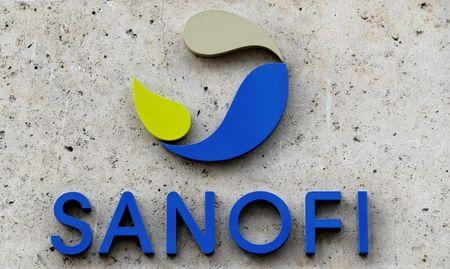 FILE PHOTO: The logo of French drugmaker Sanofi is seen in front of the company's headquarters in Paris