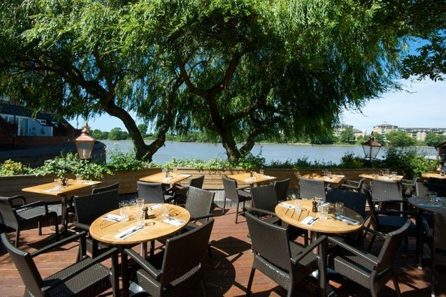 The Crabtree, London - Ask for a table under the willow tree for one of the best waterside views in the city