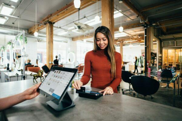 credit cards for first timers - important features