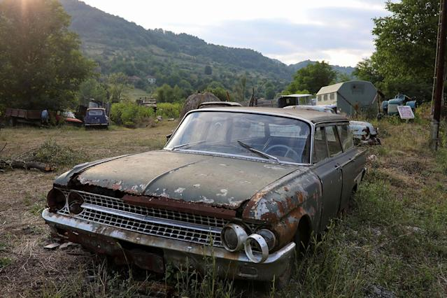 <p>An old car is seen in the village of Korentac, near the southeastern town of Knjazevac, Serbia, Aug. 14, 2017. (Photo: Marko Djurica/Reuters) </p>
