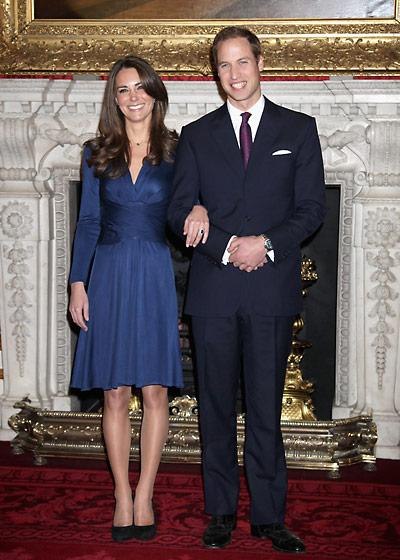 "<div class=""caption-credit""> Photo by: Getty Images</div><div class=""caption-title"">Duchess Catherine wore Issa to announce her engagement at St. James Palace, November 2010</div>Middleton made Issa a household name when she wore this $616 blue wrap dress. It sold out at London's Harvey Nichols department store within 24 hours and spawned many knockoffs. <br>"