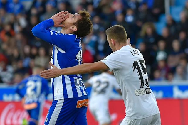 Ibai Gomez (L) has been outstanding for surprise package Alaves, but his departure to Athletic Bilbao could be good news for Real Madrid (AFP Photo/ANDER GILLENEA)