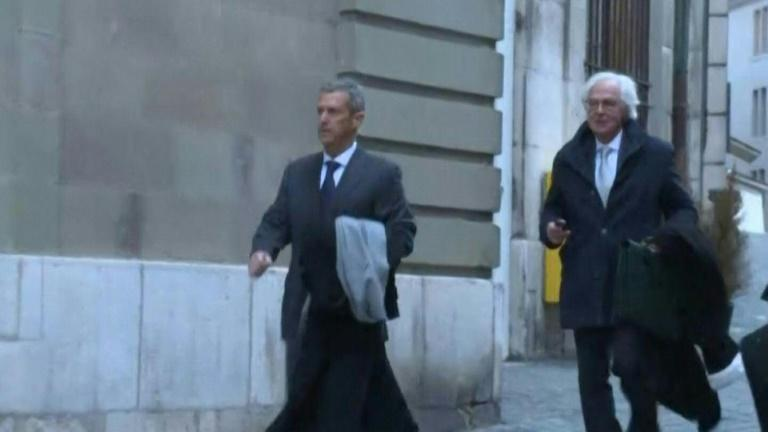 Israeli magnate Beny Steinmetz arrives at court in Geneva to face corruption charges over Guinea deals