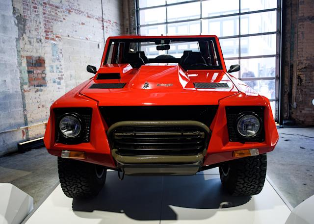The first-of-its-kind Lamborghini LM002 (Credit: Lamborghini)
