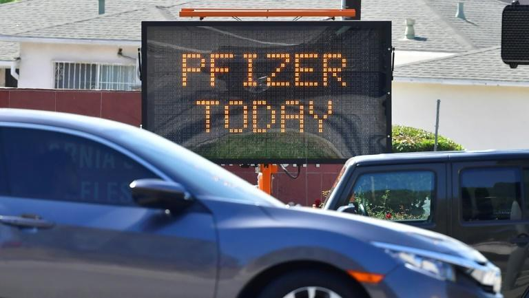 A sign announcing the availability of the Pfizer vaccine in Los Angeles, California