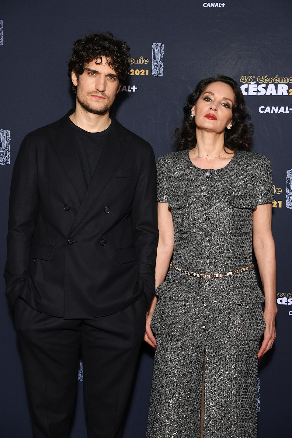 <p>Louis Garrel était très élégant en total look noir, au côté de Jeanne Balibar. (Photo by Pascal Le Segretain/Getty Images)</p>