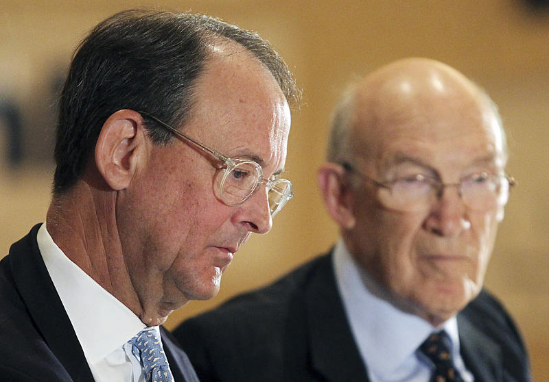 Co-chairs of the National Bipartisan Commission on Budget Reform and Fiscal Responsibility, Erskine Bowles and Alan Simpson listen during a national debt forum, Wednesday, Dec. 8, 2010, in Cheyenne, Wyo. (AP Photo/The Wyoming Tribune Eagle, Michael Smith)