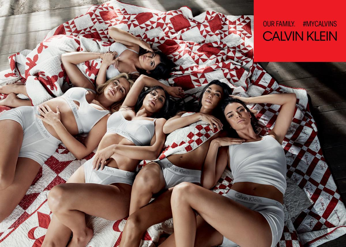 "<p>While sisters Khloé, Kim, Kourtney, and Kendall all dared to bare in the family's ad campaign for Calvin Klein, an expectant Kylie covered herself up in a blanket. No, really. Jenner attempted to camouflage herself in the red-and-white throw from her chest down, perhaps hoping people would just forget about that pregnancy rumor. <a rel=""nofollow"" href=""https://www.huffingtonpost.com/entry/kylie-jenner-underwear-ad_us_5a662098e4b0dc592a0b4a81"">The internet lost it,</a> of course. (Photo: Courtesy of Calvin Klein) </p>"