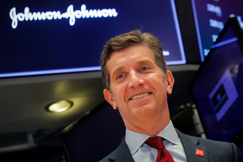 J&J CEO to testify at trial for first time on Baby Powder risks