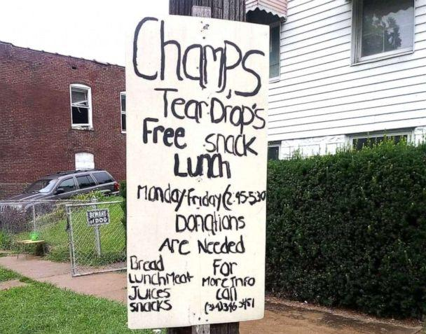 PHOTO: A sign is posted in Champale Anderson's St. Louis neighborhood advertising her free lunch program. (Courtesy Champale Anderson)