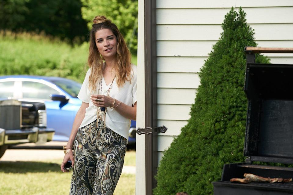 <p>She's a little bit Alexis and a whole lot nominated for best supporting actress in a TV series. After playing Alexis Rose on the show's six-season run, Murphy received her first Golden Globe nomination in 2021 for <em>Schitt's Creek. </em></p>