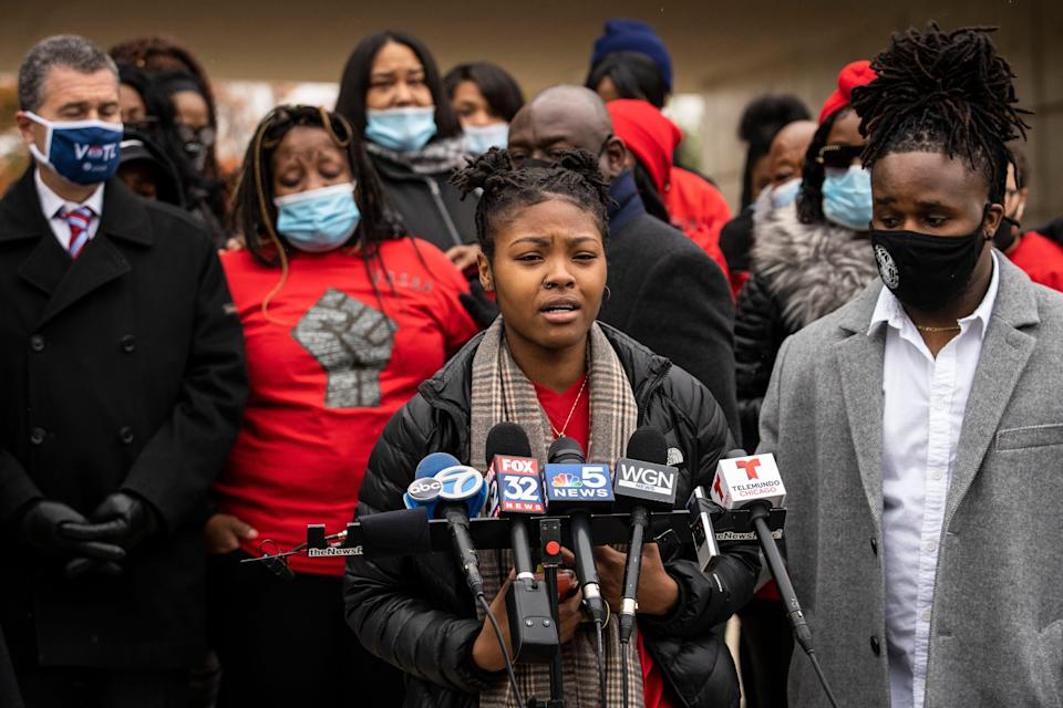 Flanked by family members and attorneys, Sasha Williams talks about her sister, Tafara Williams, during a press conference outside city hall in Waukegan, Ill., Tuesday, Oct. 27, 2020.