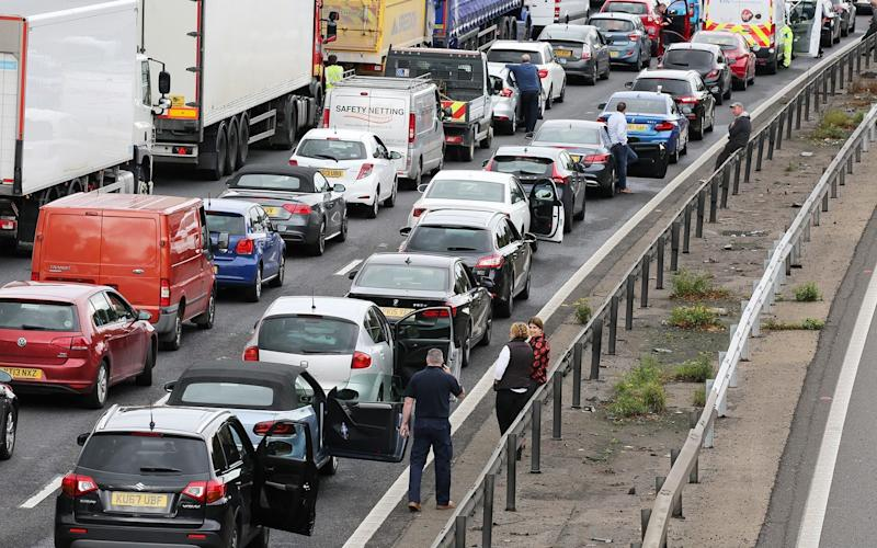 Stationary vehicles on the M1 - All broadcast news outlets - including Anglia News; but excluding BBC Look East and East On-Line - w