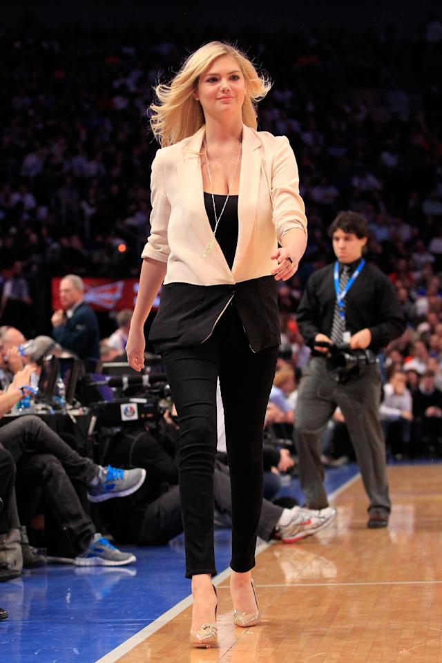 NEW YORK, NY - MARCH 28: Model Kate Upton attends the game between the New York Knicks and the Orlando Magic at Madison Square Garden on March 28, 2012 in New York City. NOTE TO USER: User expressly acknowledges and agrees that, by downloading and/or using this Photograph, user is consenting to the terms and conditions of the Getty Images License Agreement. (Photo by Chris Trotman/Getty Images)