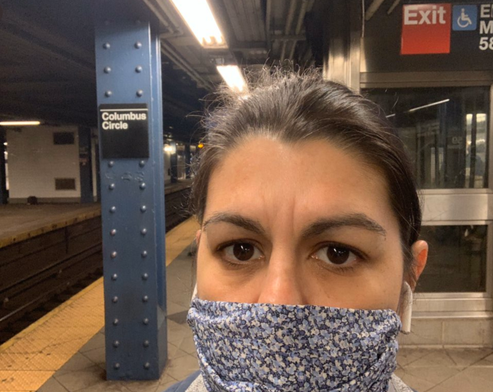 Dr. Dara Kass takes a selfie on her way to her first day back to work in the emergency room. Kass self-isolated at home when she tested positive for the coronavirus. (Dr. Dara Kass via Twitter)