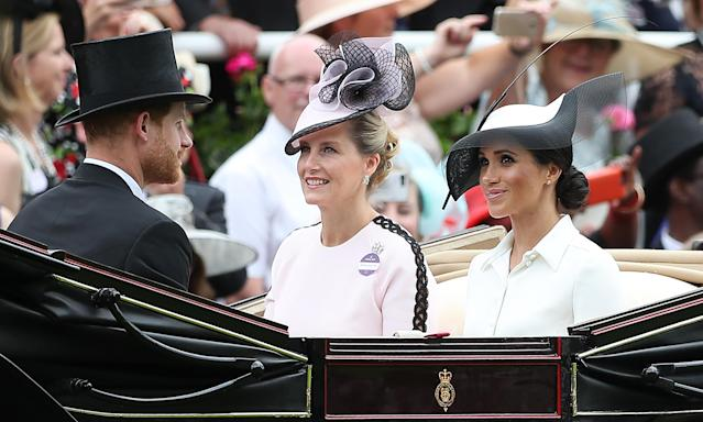 Meghan rode in the royal procession with Prince Harry and Sophie, Countess of Wessex. (Photo: Daniel Leal-Olivas/AFP/Getty Images)