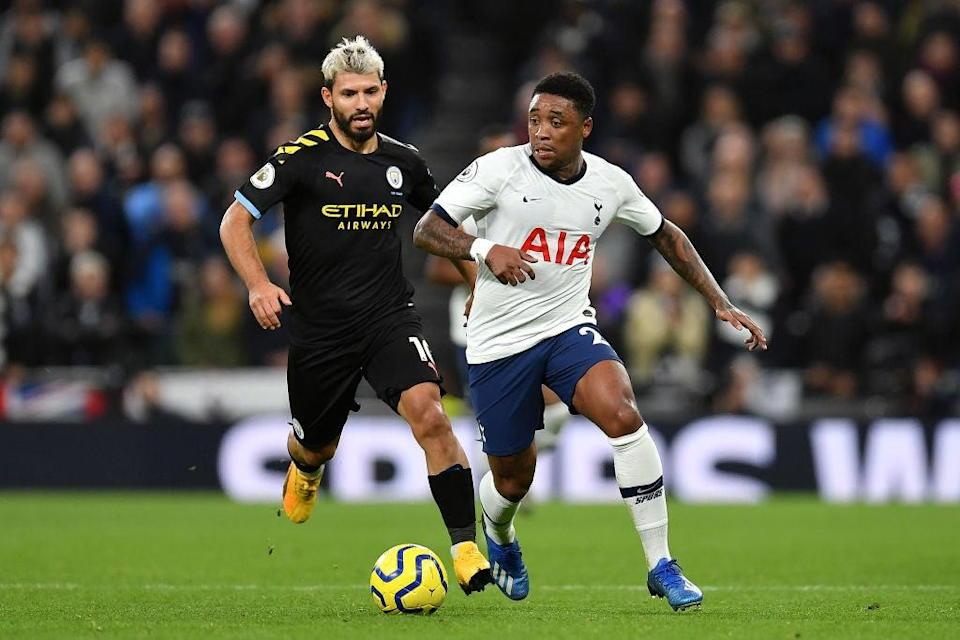 Sergio Aguero and Steven Bergwijn (Getty Images)